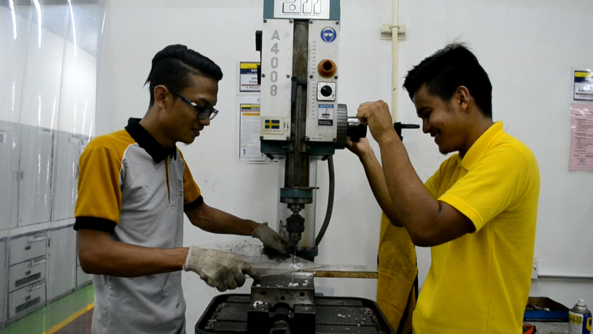 Diploma Teknologi Pembuatan